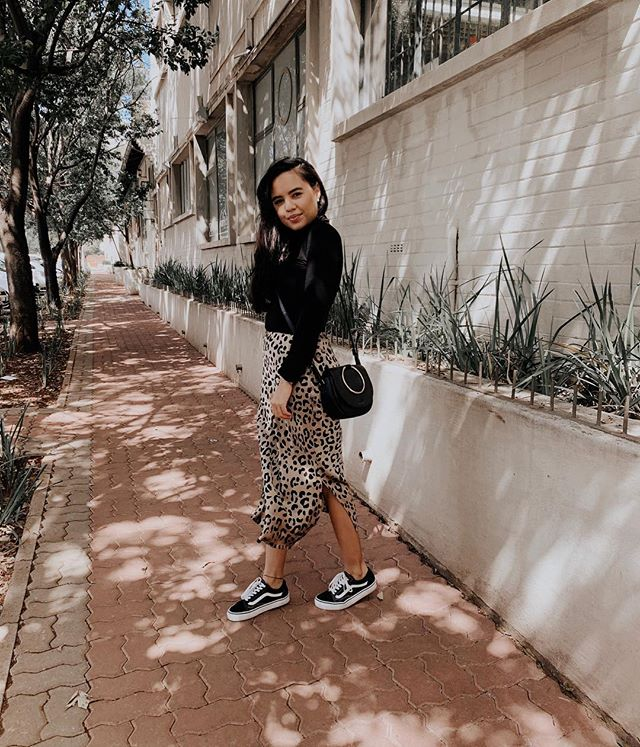Just in time for Autumn... 📸: @janae.craayenstein #thecreativehoarder #ootdfashion #styleinspo #autumnootd #leopardprint