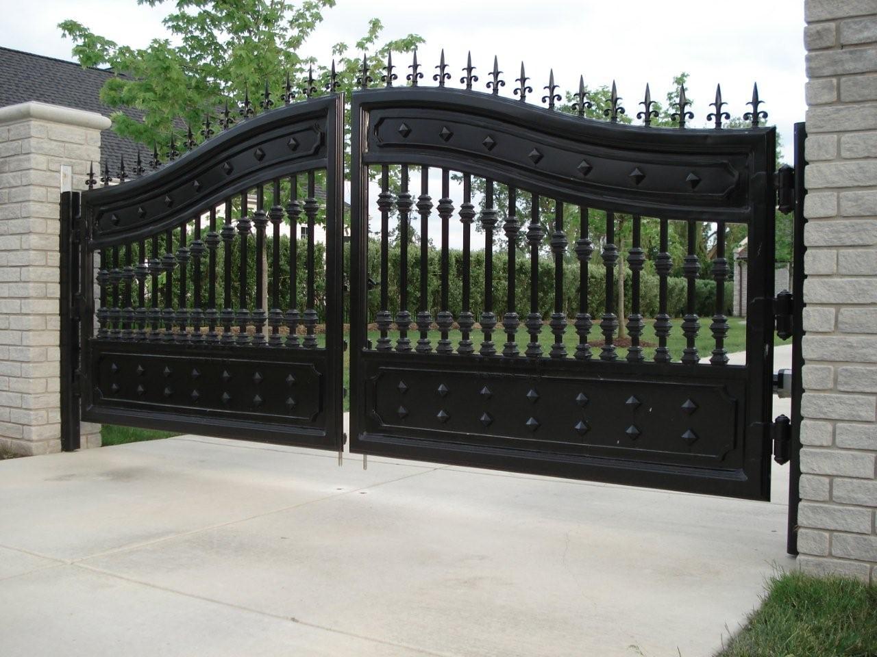 Gates5jpg.jpg