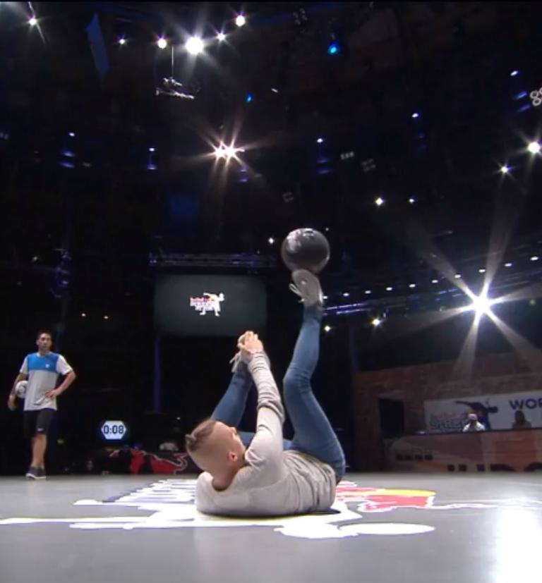 Red Bull Street Style World Final - Groepsfase Rowdy Heinen