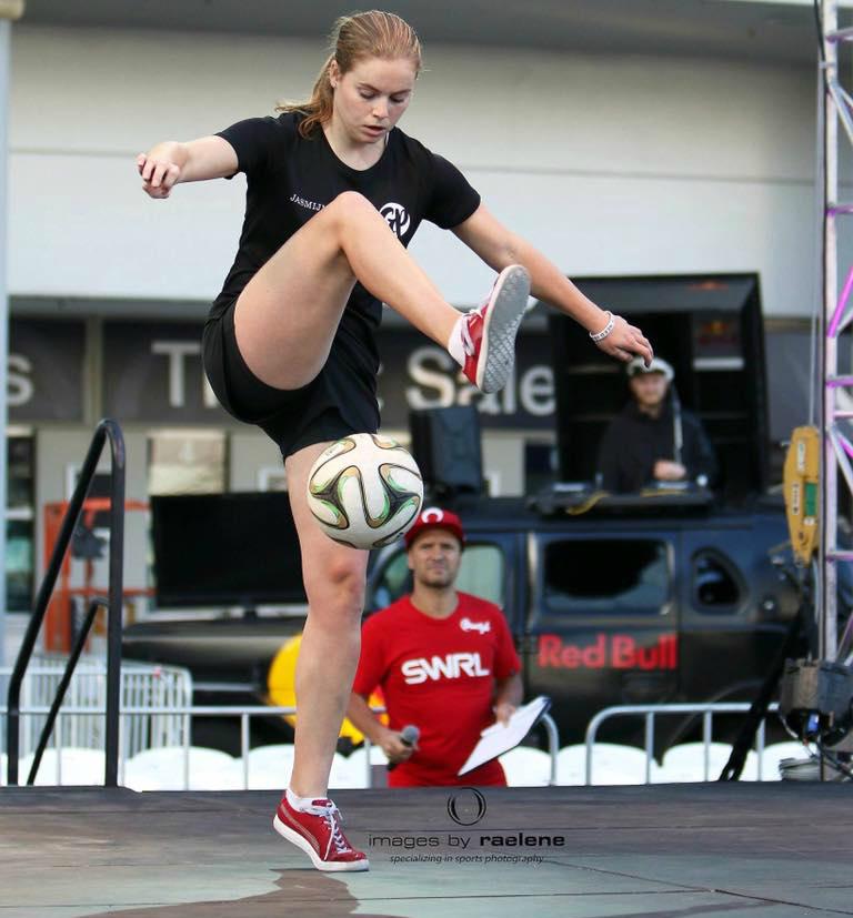 Jasmijn Janssen in actie tijdens het WK in 2016 in Melbourne.