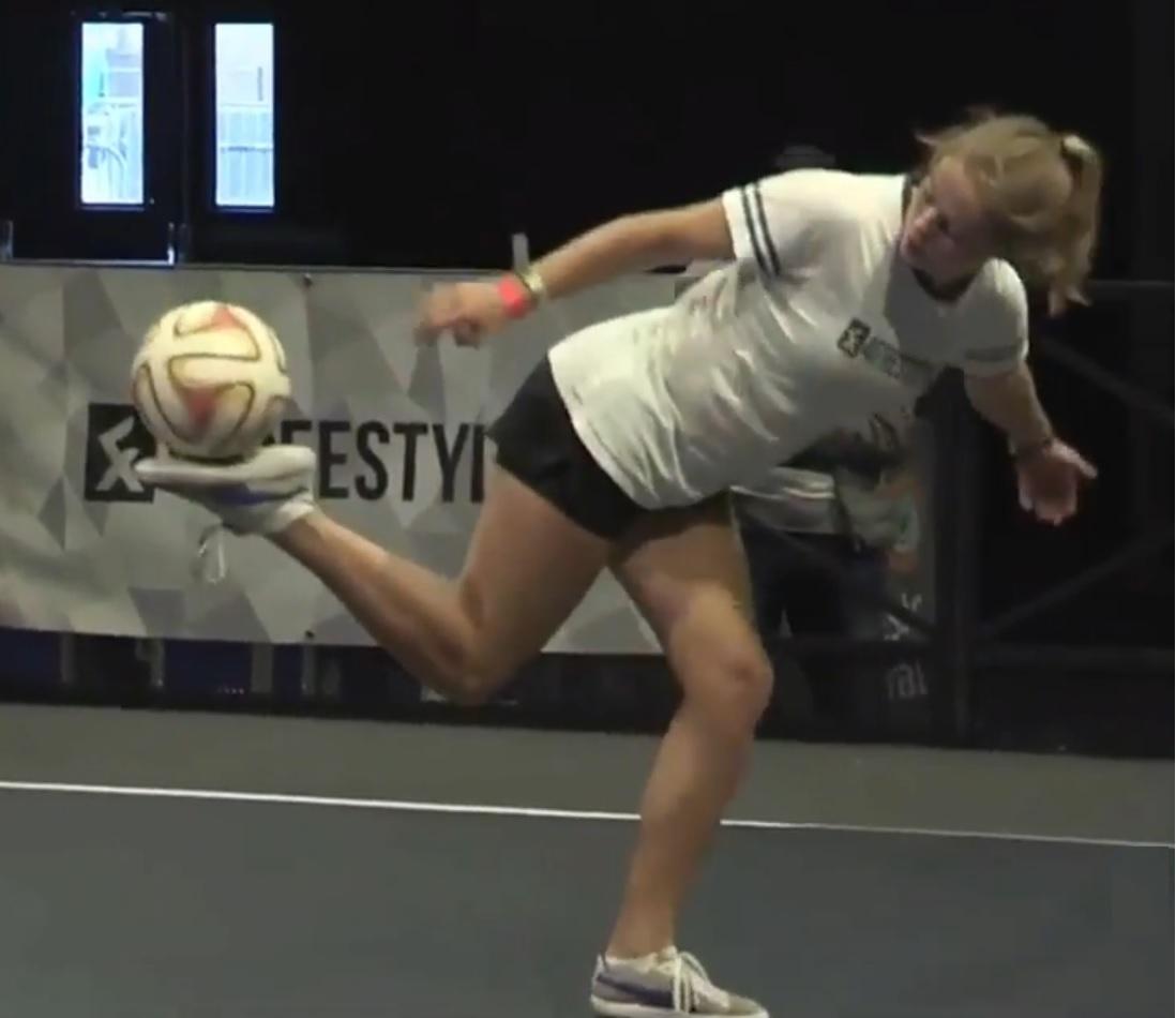 European Freestyle Football Championship - 2e plaats dames Jasmijn Janssen