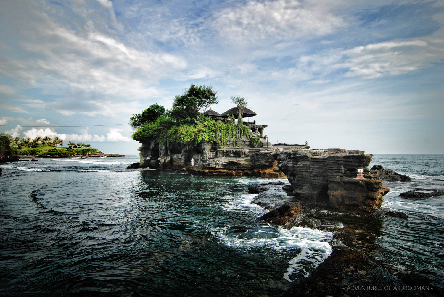 Tanah_Lot-Hindu_Temple-Bali_Indonesia-Greg_Goodman-AdventuresofaGoodMan-2-min.jpg
