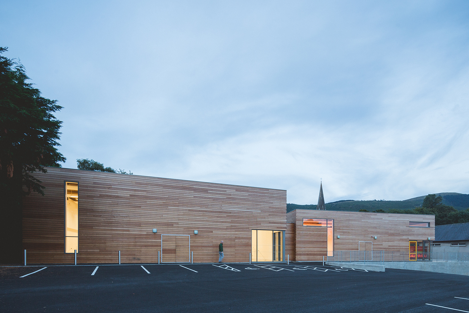 st. bronagh's youth club - D-ON architects