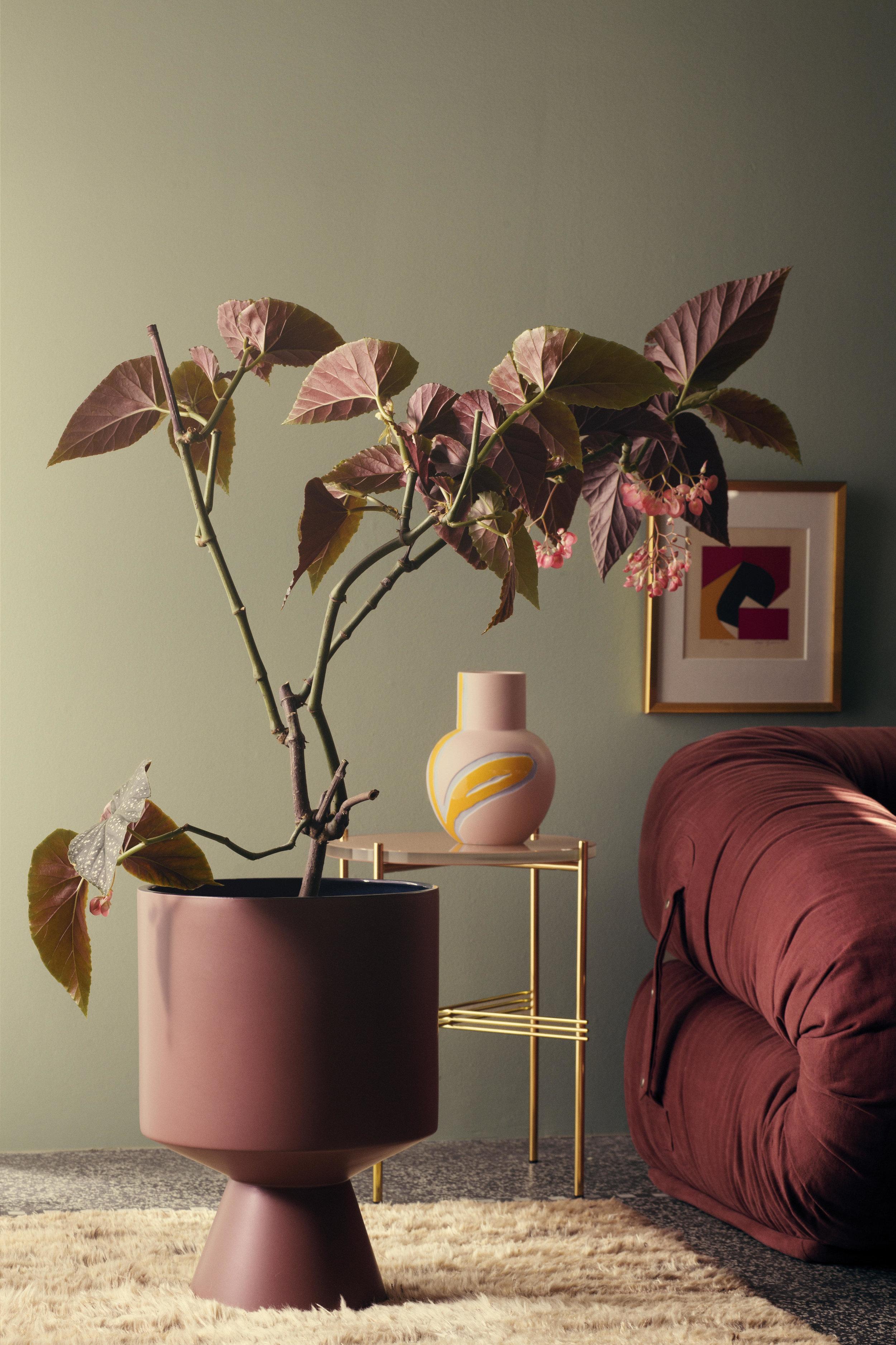 Flora Floor Pot by Stine Goya for Kähler Design