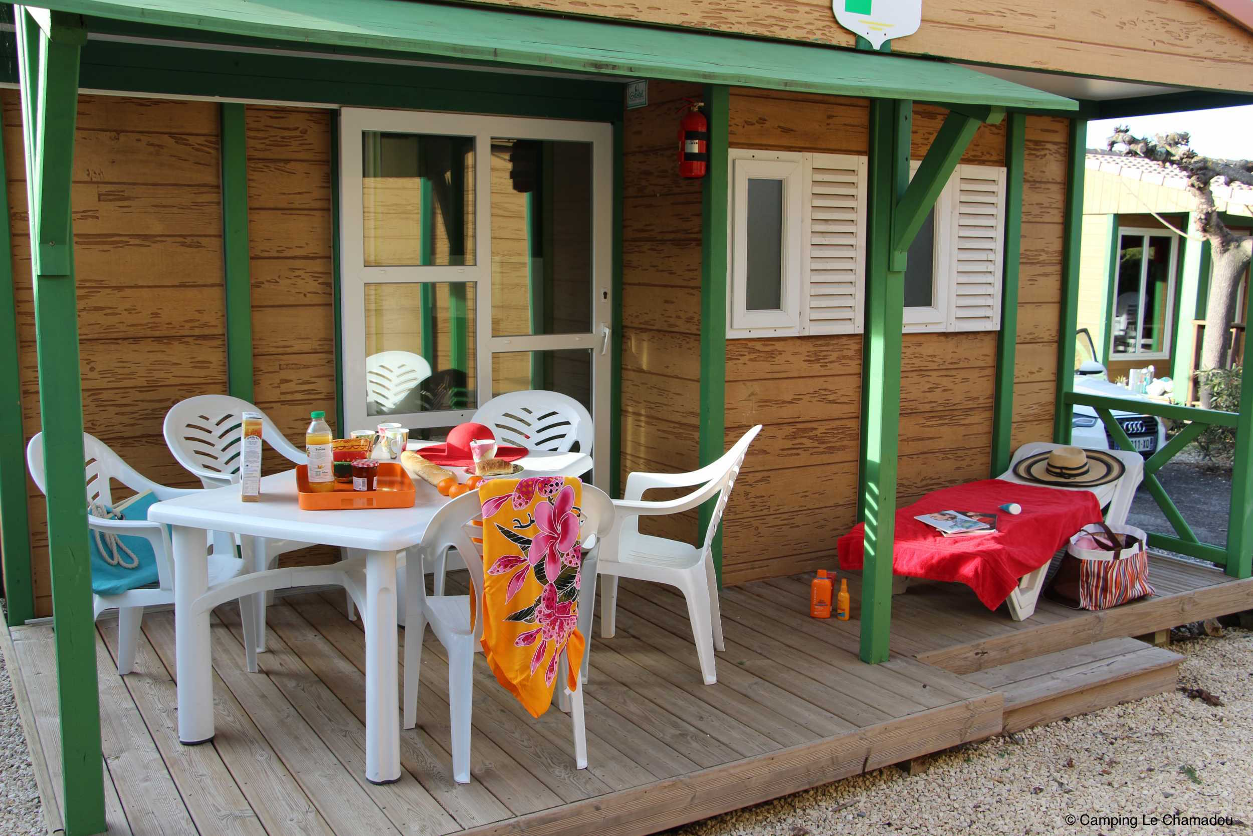 CampingLeChamadou-sudardeche-4etoiles-locations-club7.jpg