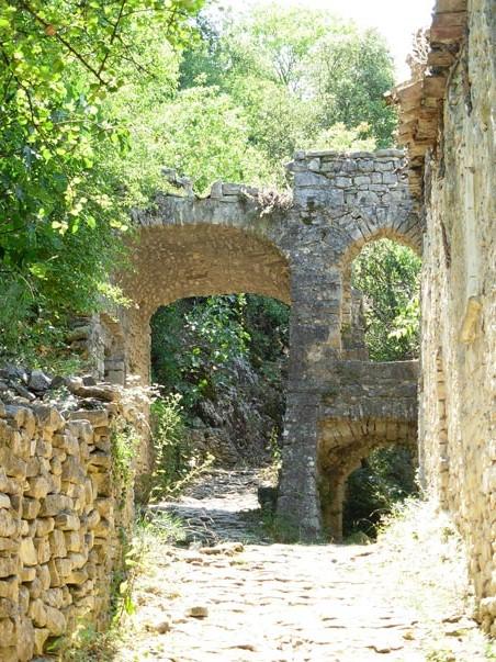 CampingLeChamadou-sudardeche-4etoiles-ardeche-patrimoineculturel-villages-vogüé2