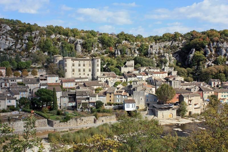 CampingLeChamadou-sudardeche-4etoiles-ardeche-patrimoineculturel-villages-vogüé4