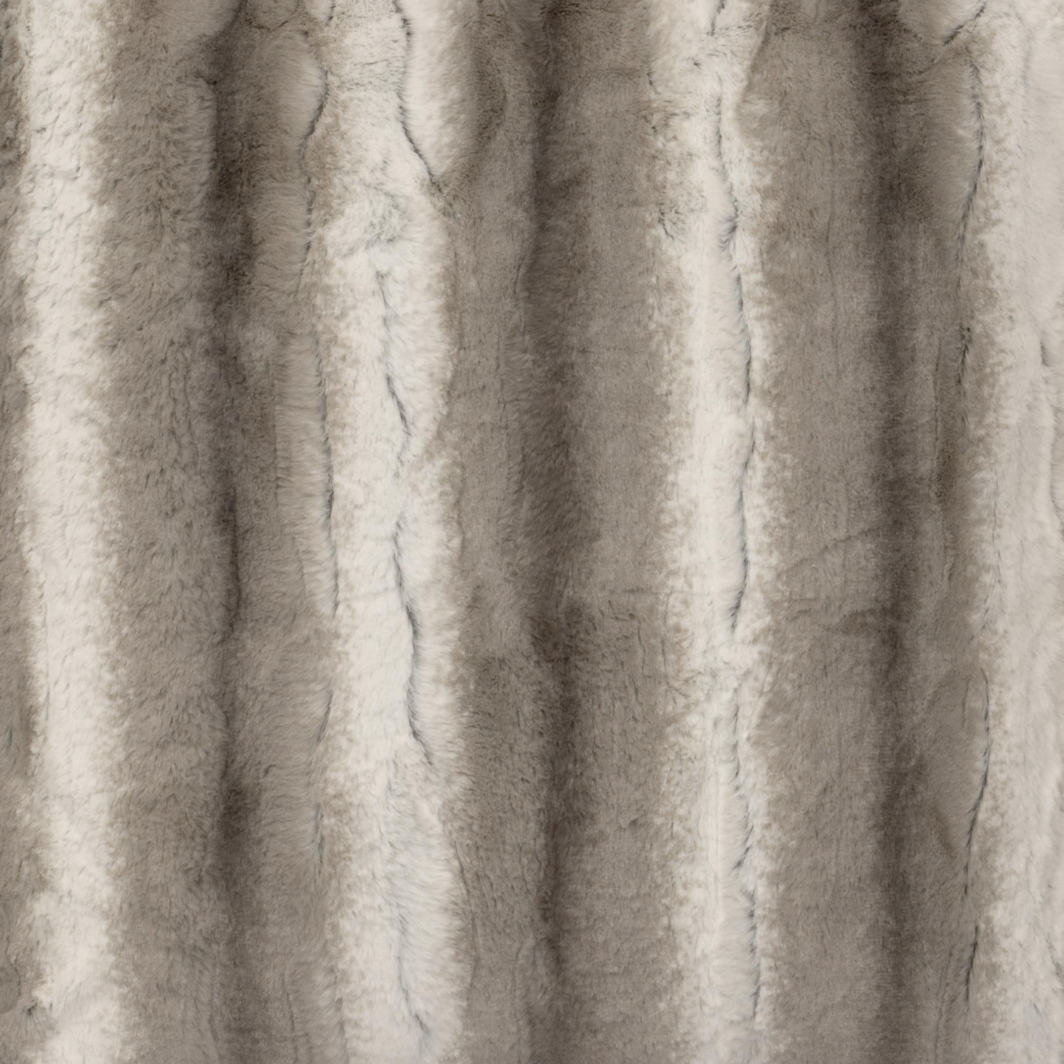 Angora Platinum Cuddle Fur