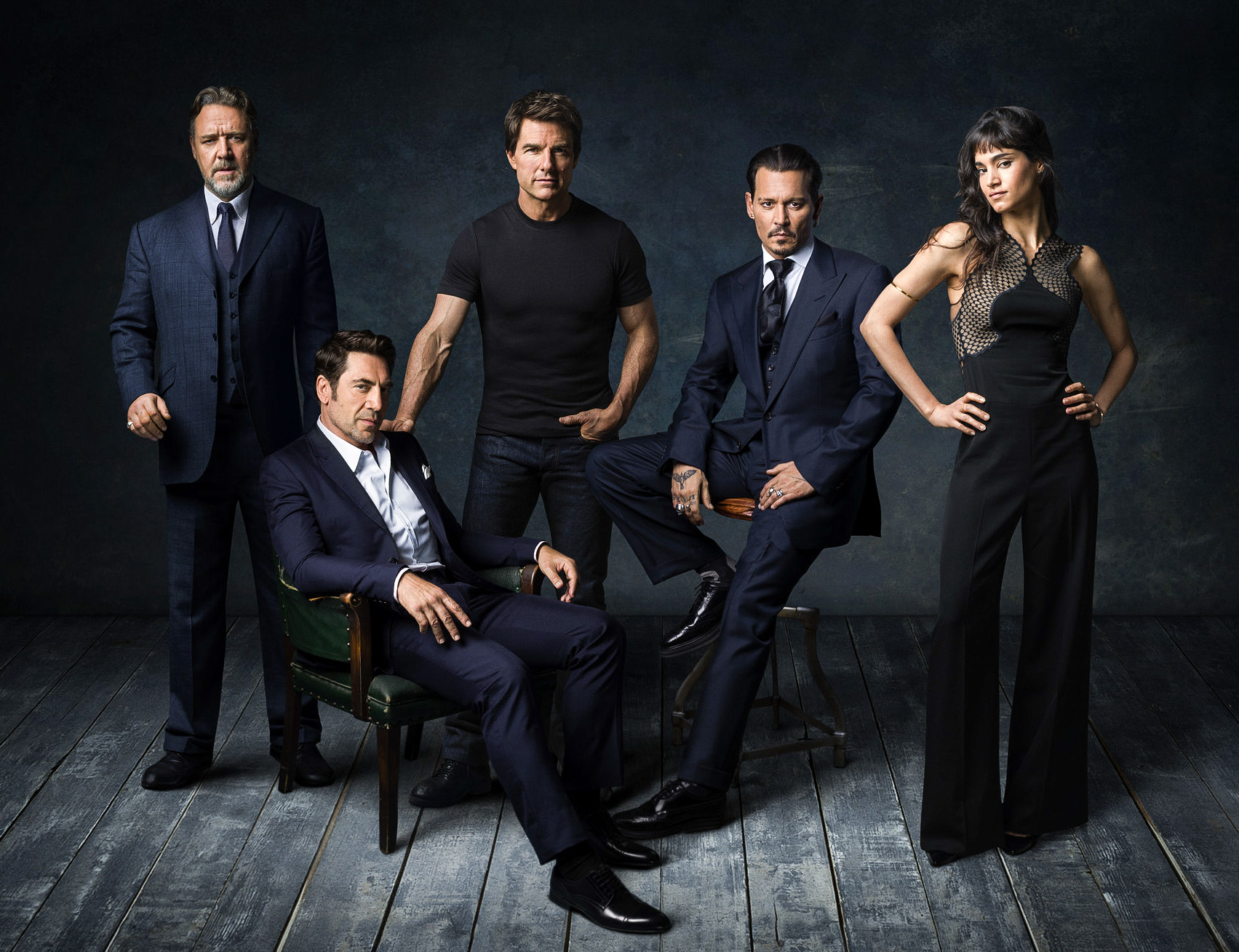 RUSSEL CROWE, JAVIER BARDEM, TOM CRUISE, JOHNNY DEPP & SOPHIA BOUTELLA. Fotografiert für %22DARK UNIVERSE%22 in Johnny Depp's Haus, Hollywood.CA,_.jpg