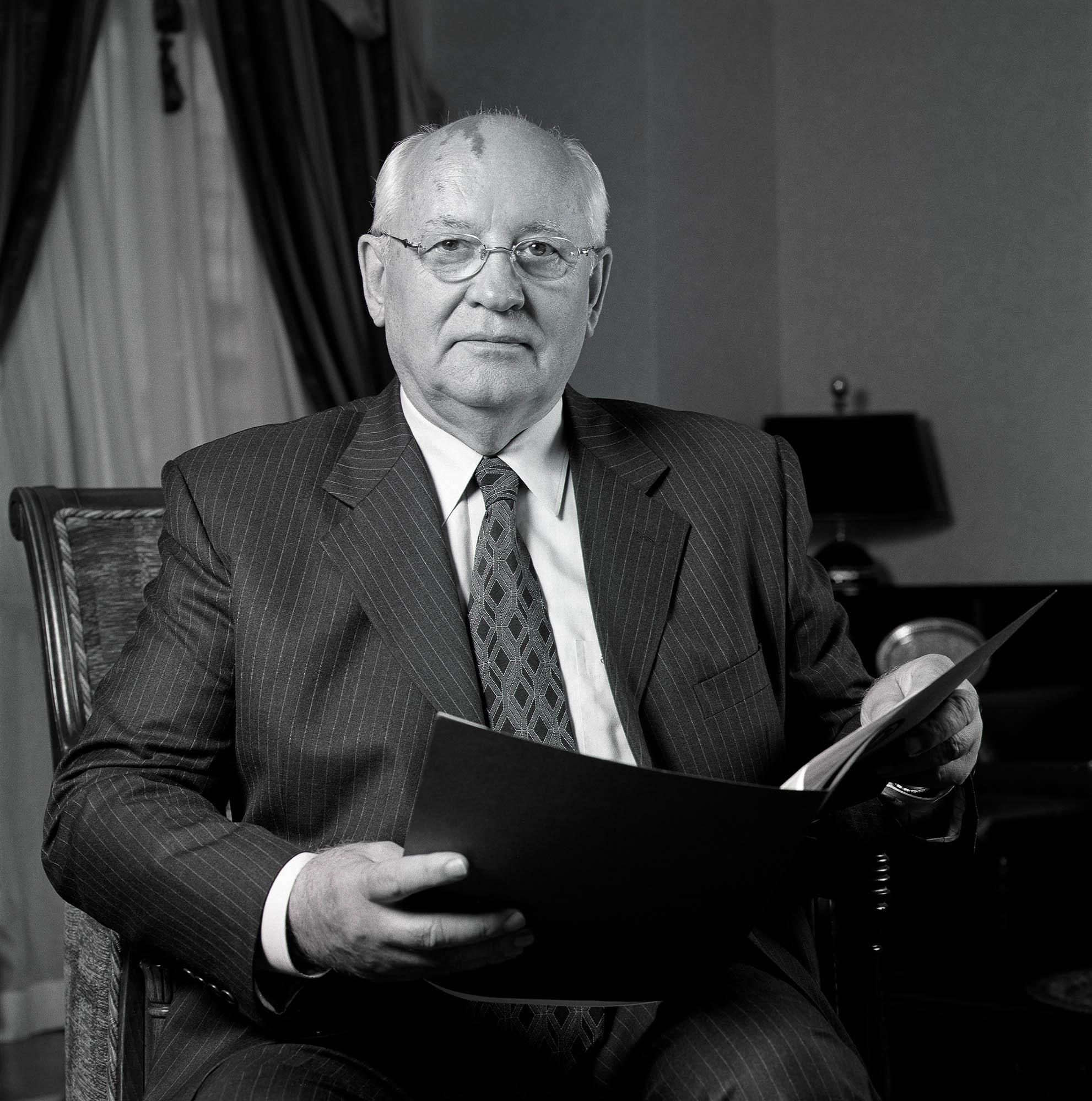 Gorbachev Pfändler IPFO.jpg