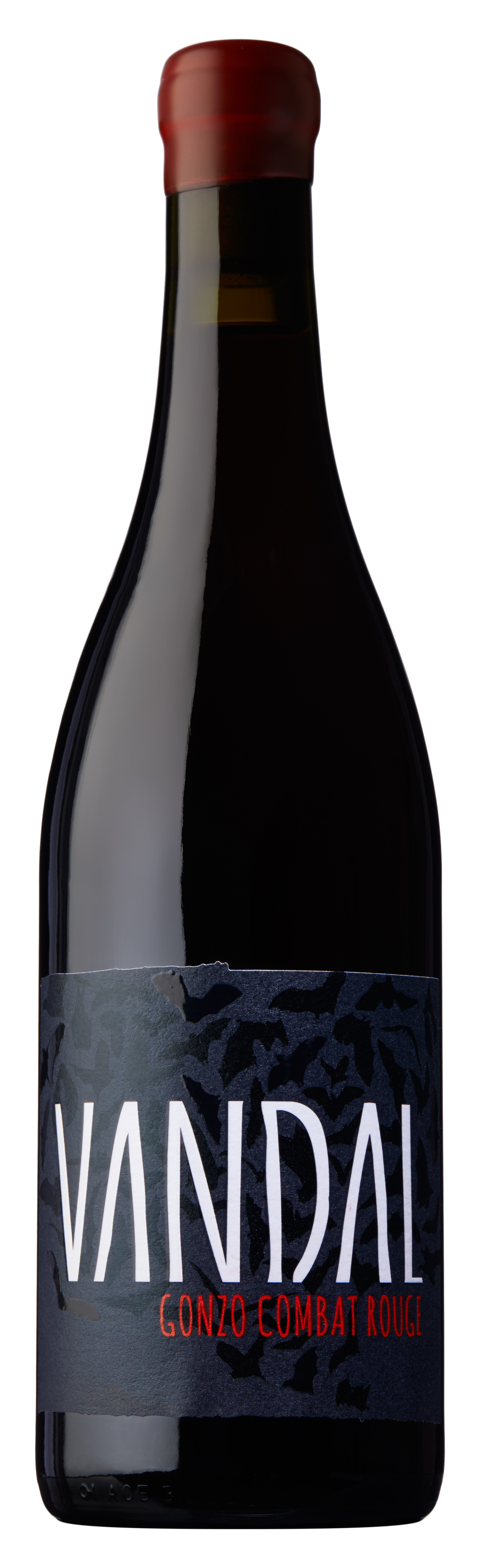Gonzo Combat Rouge 2018 - Field Blend of Pinot Noir, Syrah and Viognier From a single vineyard in the Southern Valleys of Marlborough. 50% whole cluster fermentation Only hand plunged once during fermentation. Small batch pressed. 6 months aging on full yeast lees. Natural (wild) fermentations (Alcohol and 100% malo lactic fermentation). Unfined and unfiltered. Analysis 13.0% alc, total acidity 5.4 g/l, residual sugar 0.3 g/l, dry extract 25 g/l