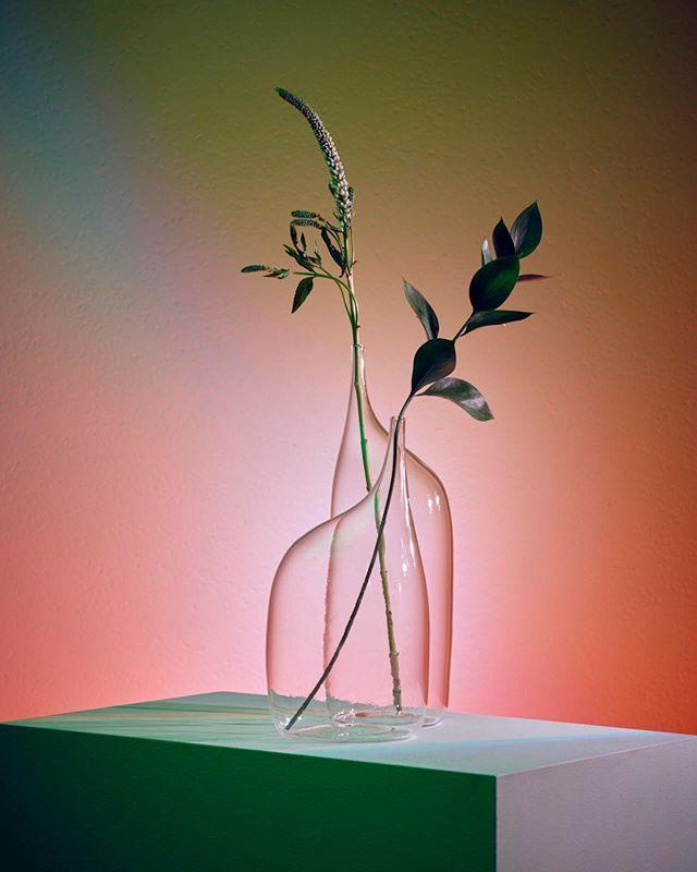 Gestural glassware, via #pinterest #tablescapes