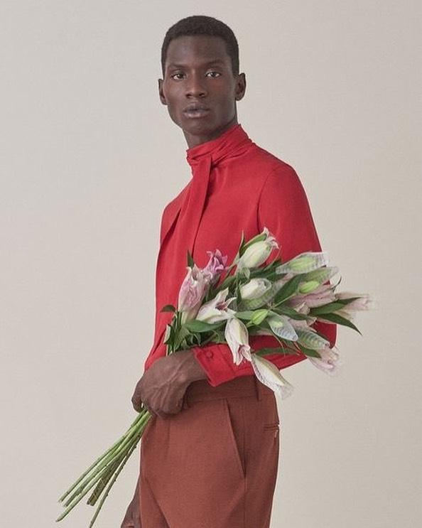 Best man blooms - photograph by @tarabanski