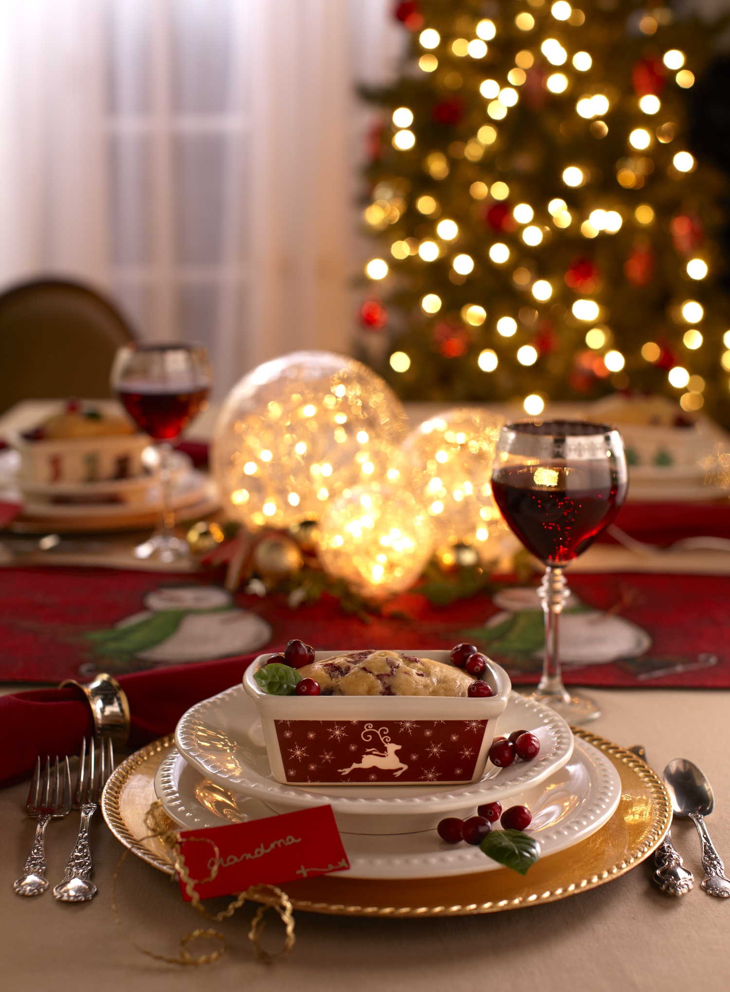 ART DIRECTION + FOOD STYLING   for holiday covers.