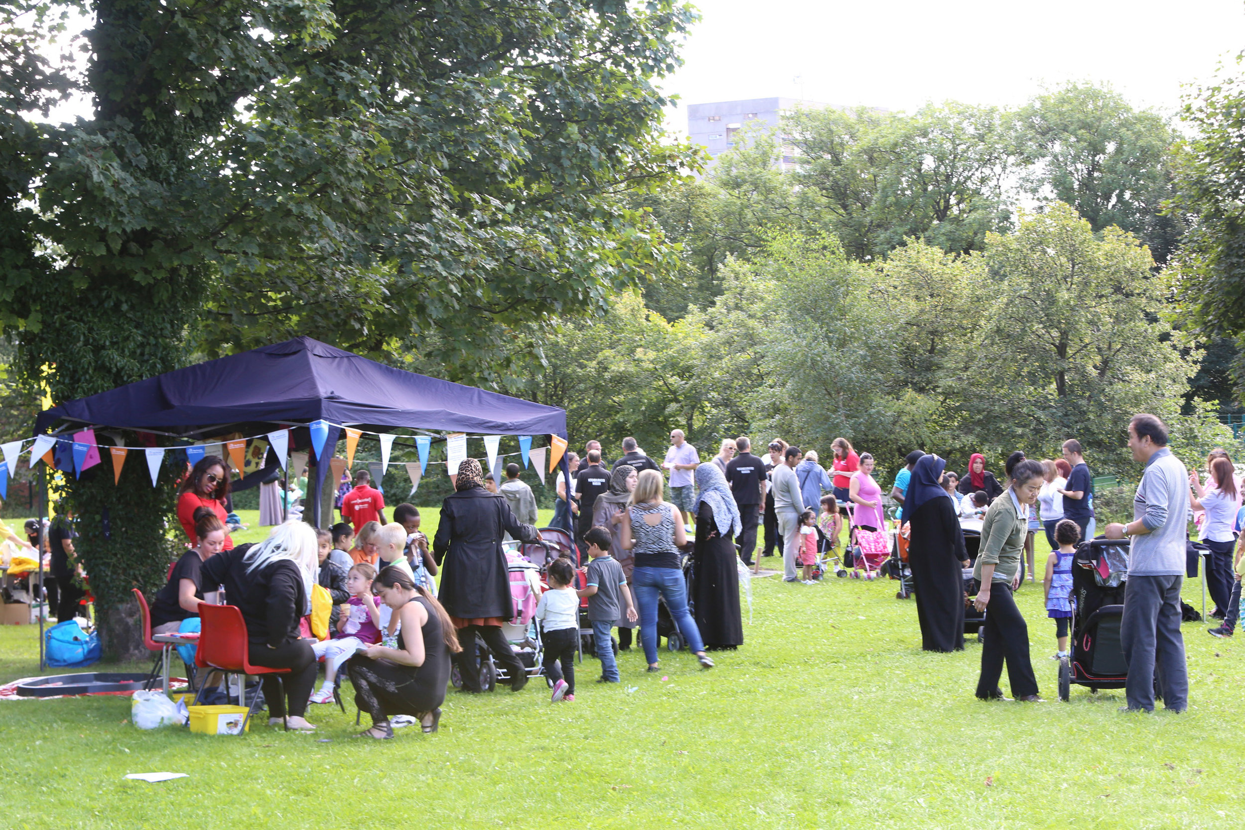 Saturday 9th September- A date for the diary! - We can't wait until our End of Summer Celebration event in Elswick Park!When: Saturday 9th September, 11am-1pm. Where: Top of Elswick Park, via the Elswick Road main entranceThere'll be something for the whole family to enjoy! Face painting, art and craft, healthy food, games, stalls, prize drawand other fun healthy activities!Help us spread the word!