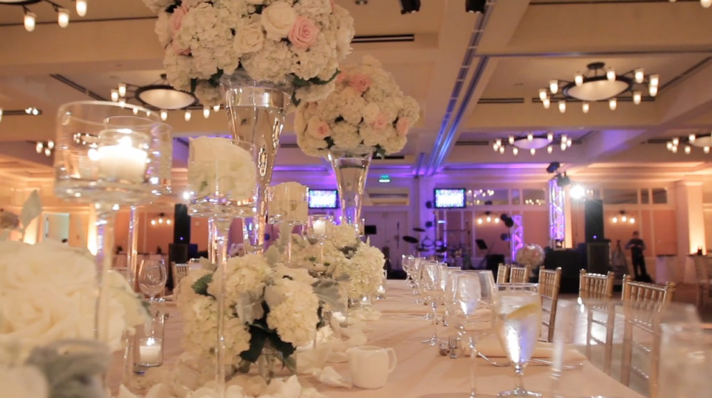 Barton Creek Lizze Belle Austin Wedding Video Pic 09 Table Decor