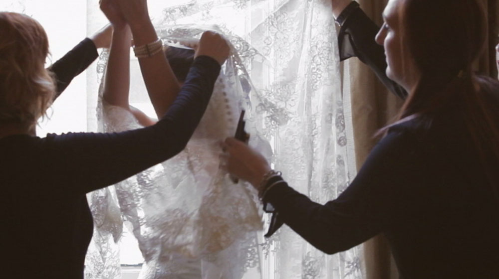 new orleans lace wedding dress pic 01