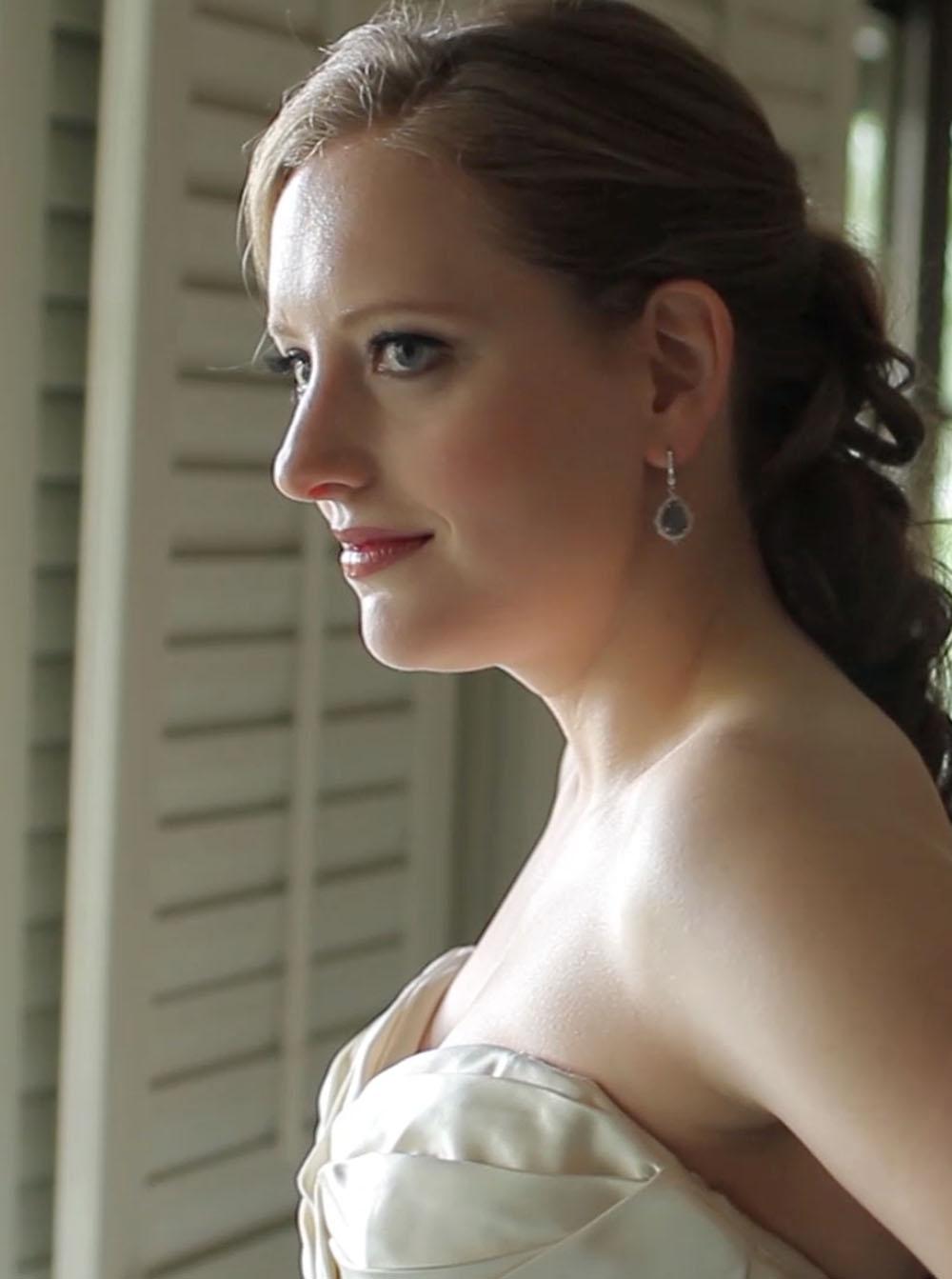 San Antonio Country Club Wedding Pic 05a bridal gown