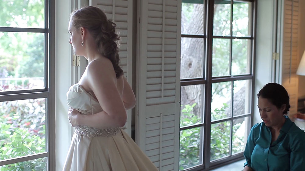 San Antonio Country Club Wedding Pic 06 bridal gown