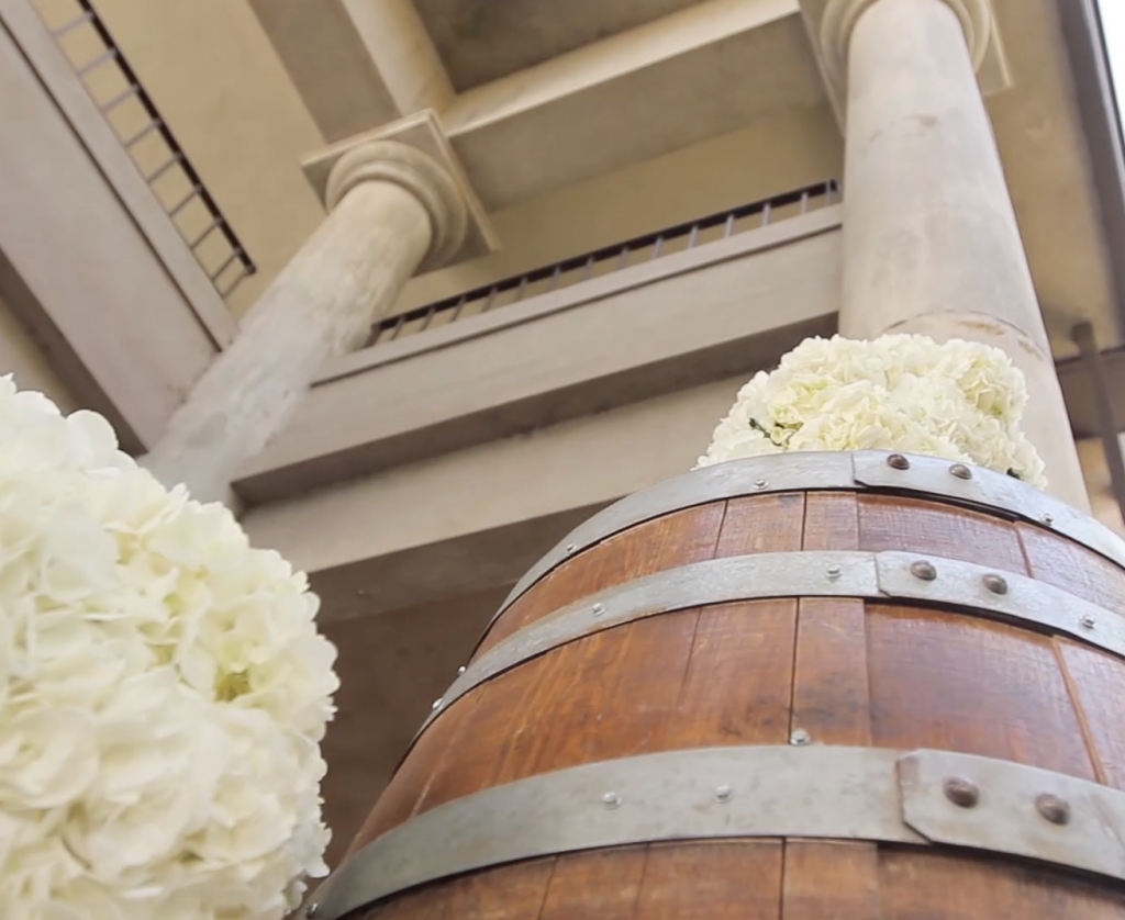 wine barrel at wedding decor video pic 1
