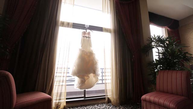 web_omni houston wedding video pic 05 jlm couture
