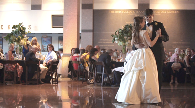 web_Texas Museum Austin Wedding Pic 19