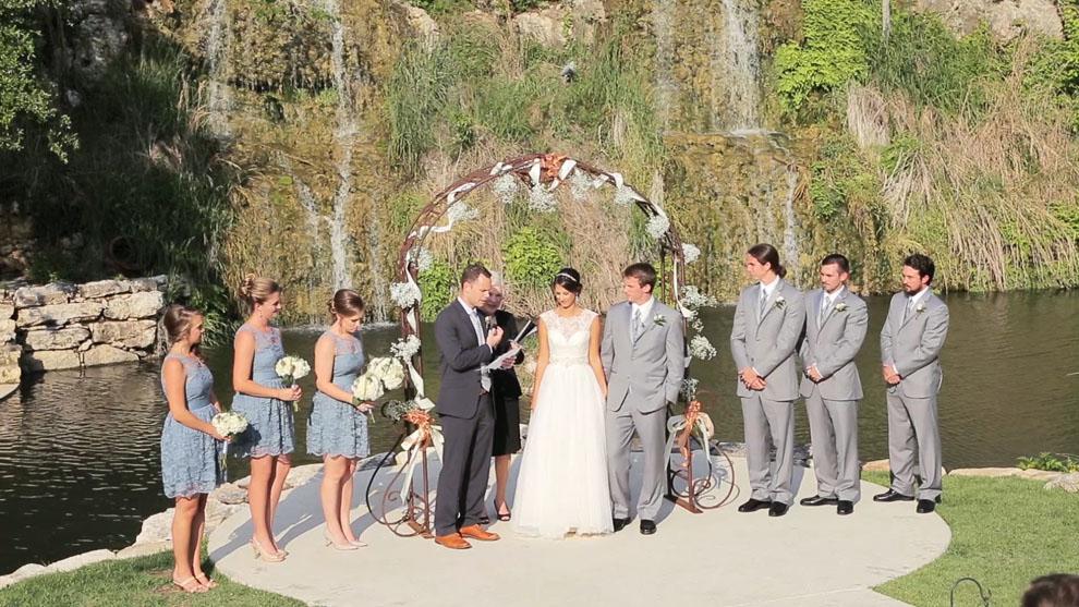 Bridal-Veil-Falls-Wedding-11.jpg