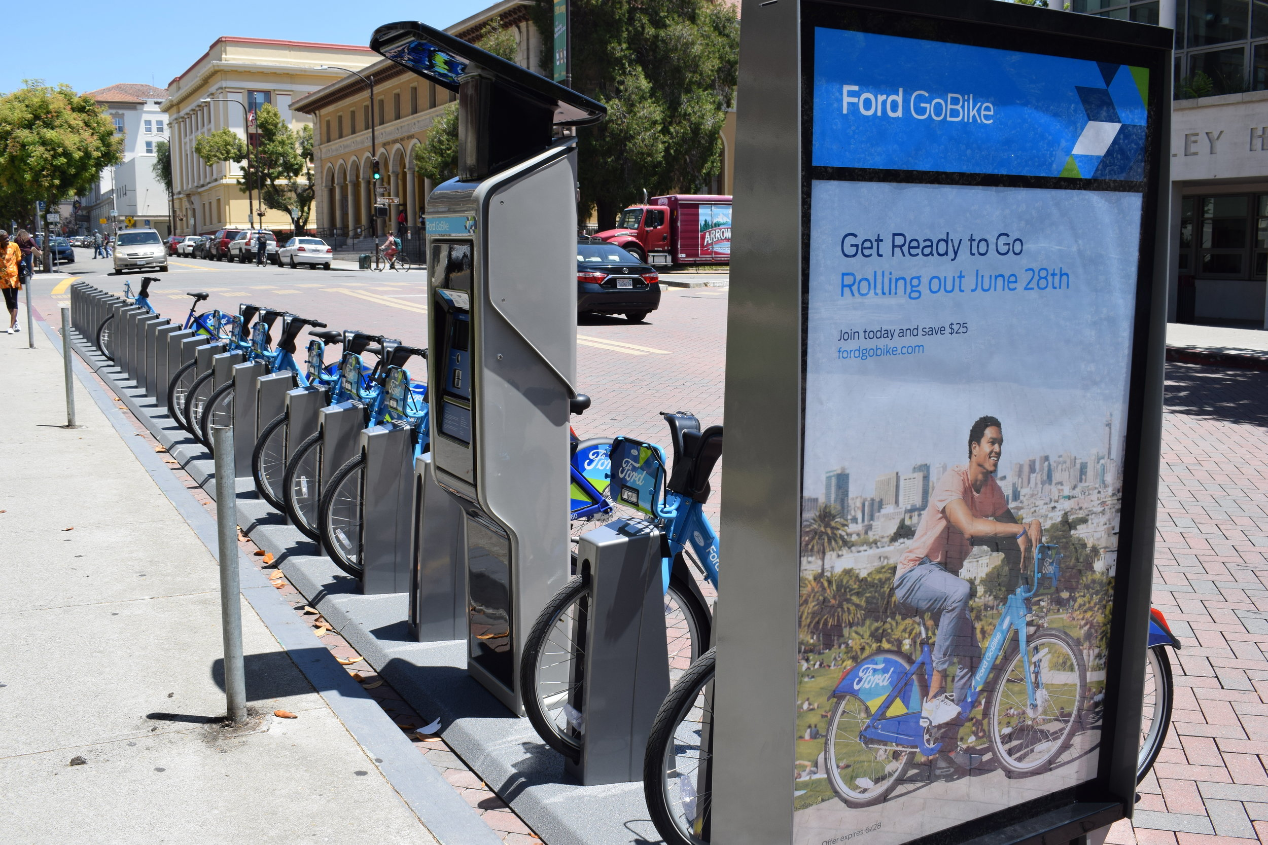 In 2018, Berkeley joined a 7,000 bike regional bike share network including Oakland, Emeryville, San Francisco and San Jose. The Bay Area's network is one of the largest and densest bike share systems in North America.