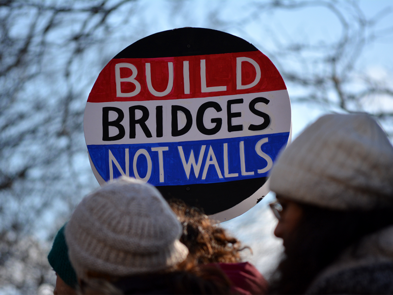 build-bridges-not-walls.png