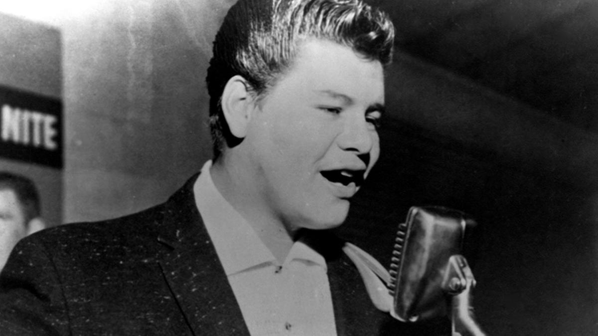 ritchie-valens---mini-biography.jpg