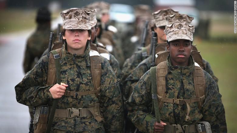 151203221706-women-in-military-2-exlarge-169.jpg