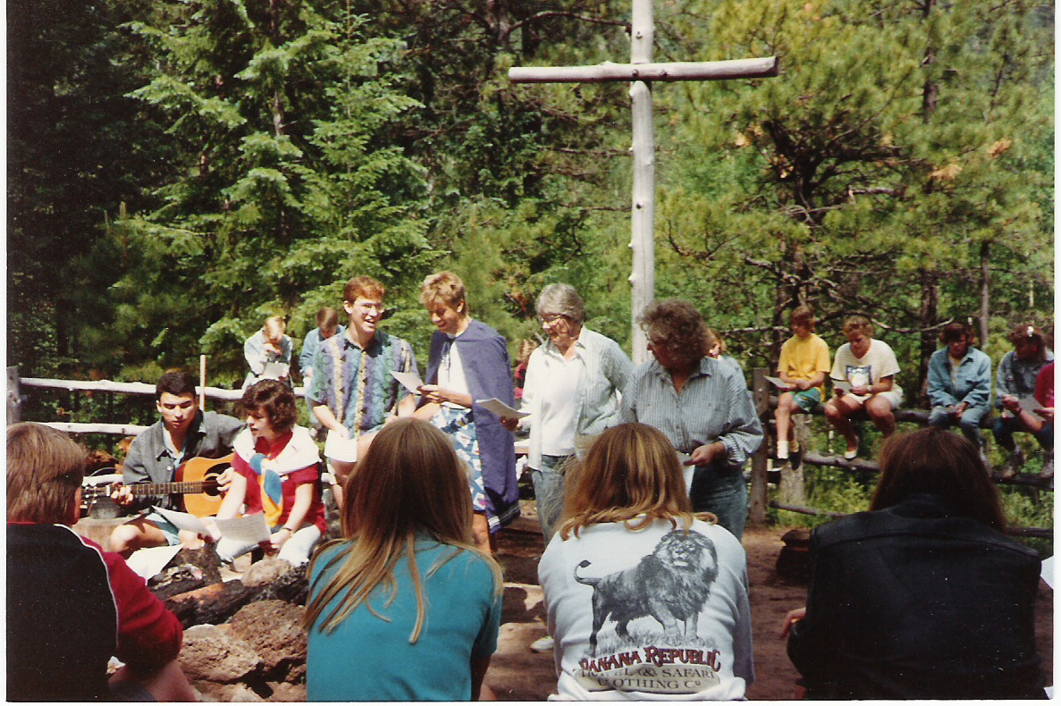 1988-summer-montlure-a-presbyterian-church-camp-in-the-white-mountains-az-during-morning-vespers.jpg