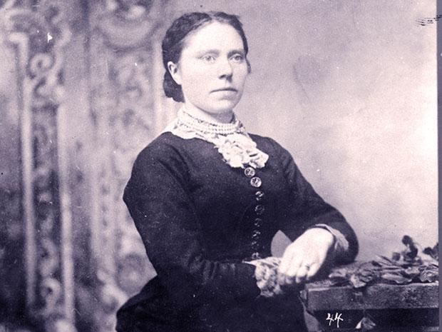 belle-gunness-the-true-black-widow-of-the-midwest.jpg