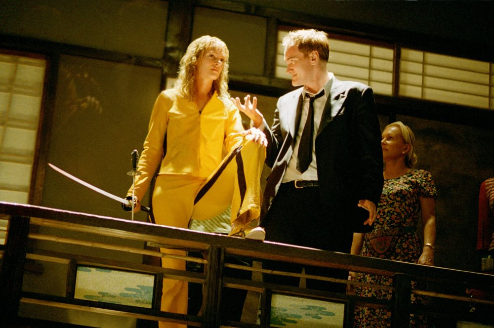 kill-bill-vol-1-2003-004-uma-thurman-quentin-tarantino-on-set-00m-wj7.jpg