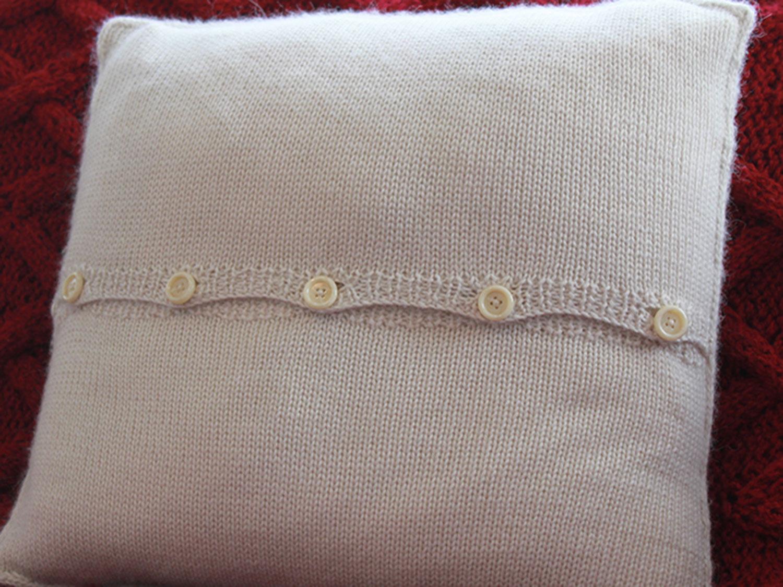 pillow-back.jpg