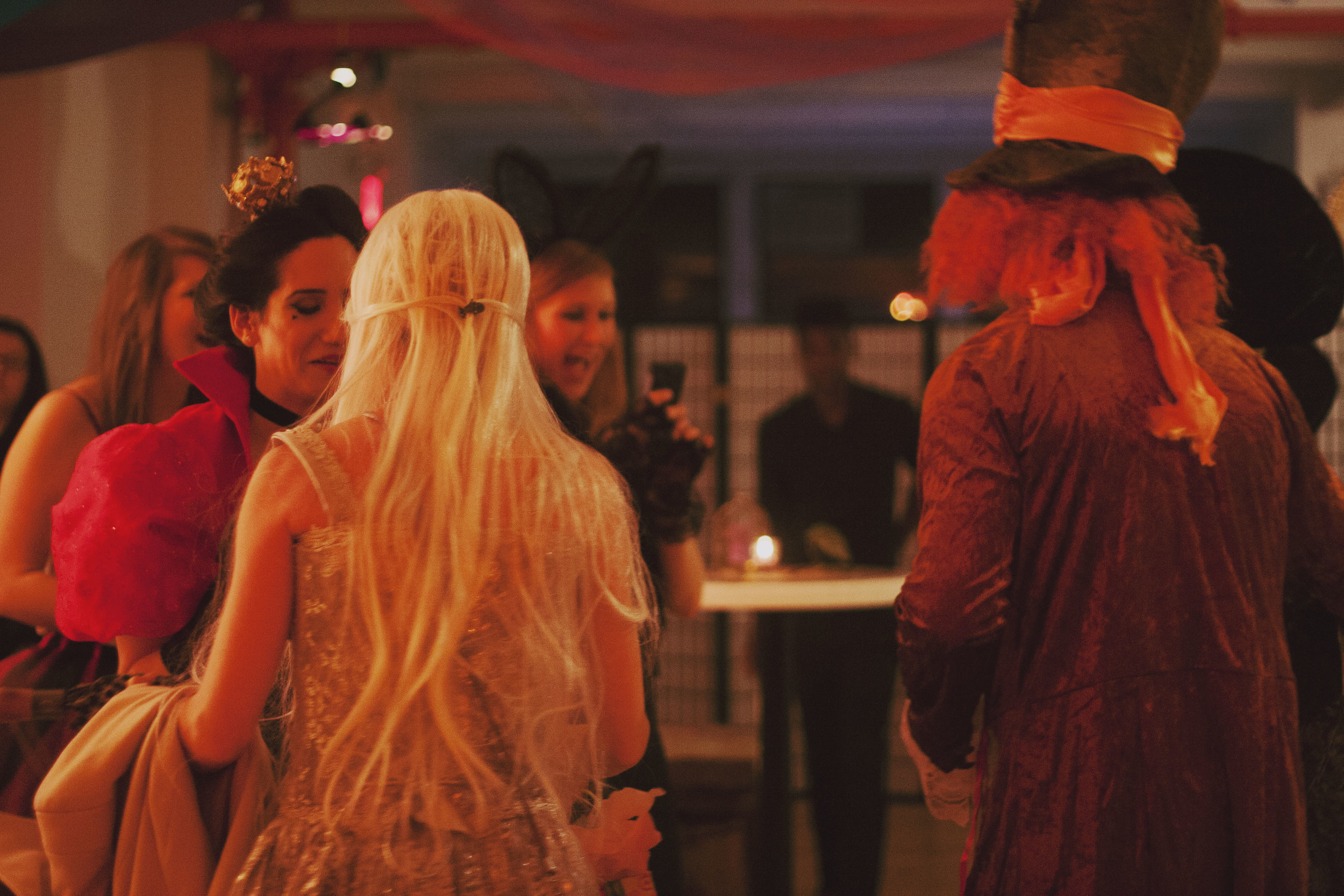 ny-events-costume-parties-decoration3.jpg