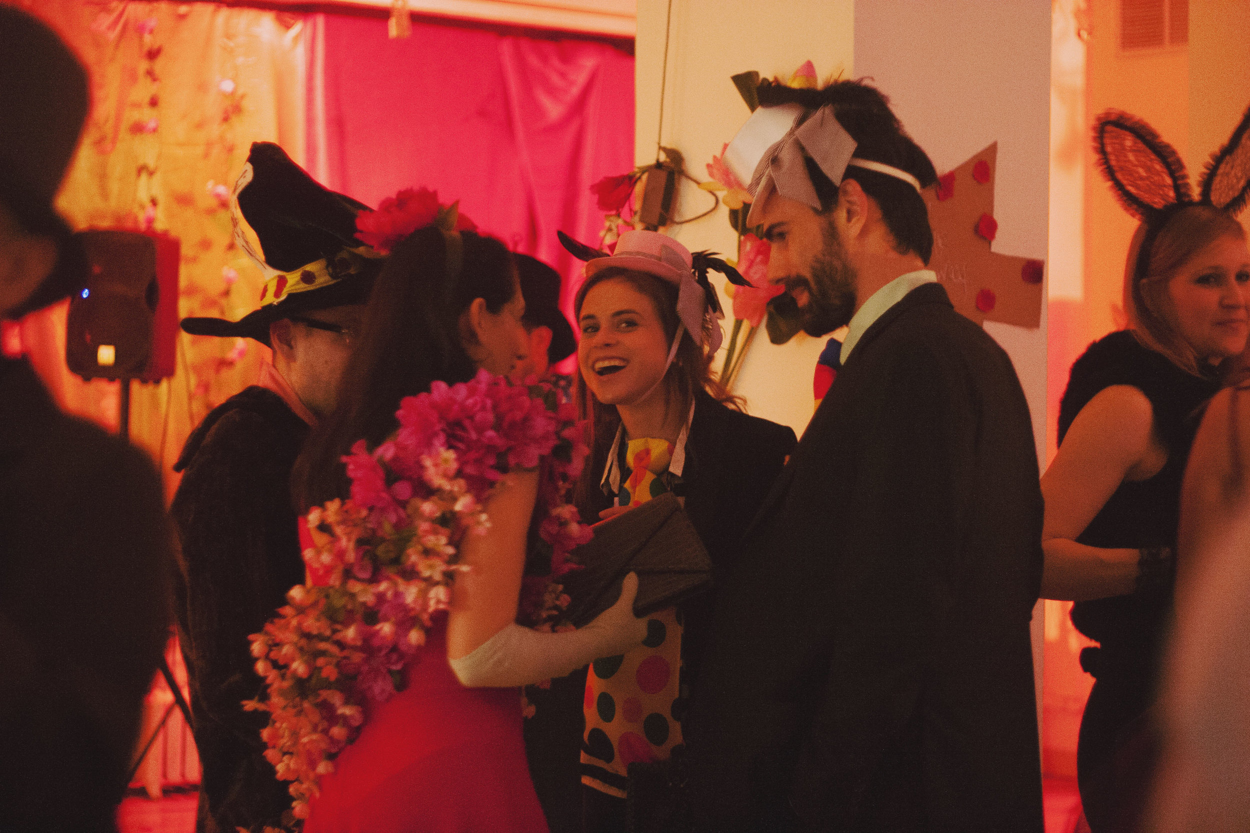 ny-events-costume-parties-decoration84.jpg