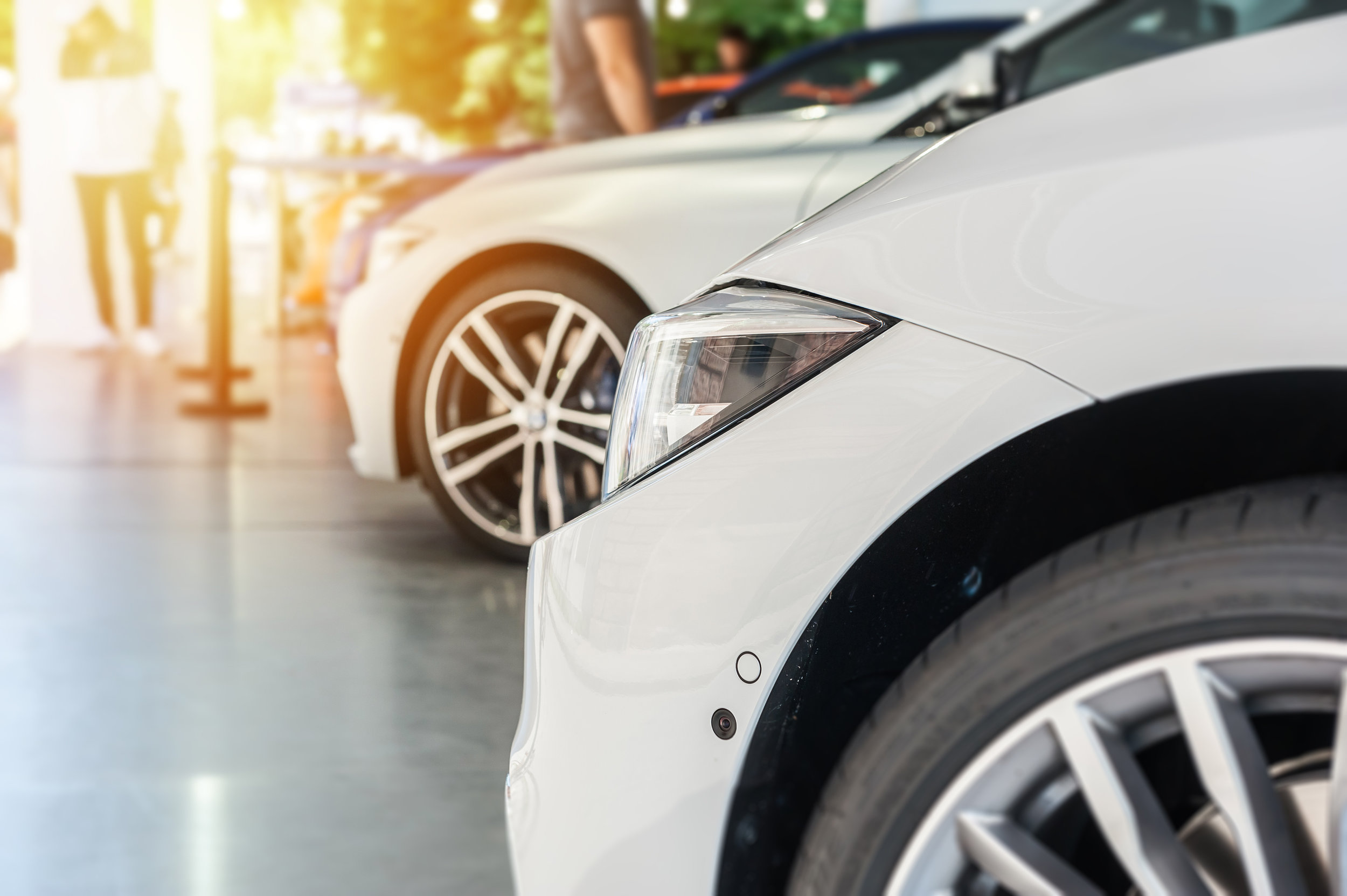 AUTOMOTIVE & SHOWROOMS - THE FIRST IMPRESSION OF YOUR CAR IS THE ONE YOU GET FROM THE SHOWROOM. YOUR CUSTOMERS ARE CRAVING THE PERCEPTION OF NEWNESS AND LUXURY.AT SCENTWORKS ACHIEVING THE QUALITY OF THE