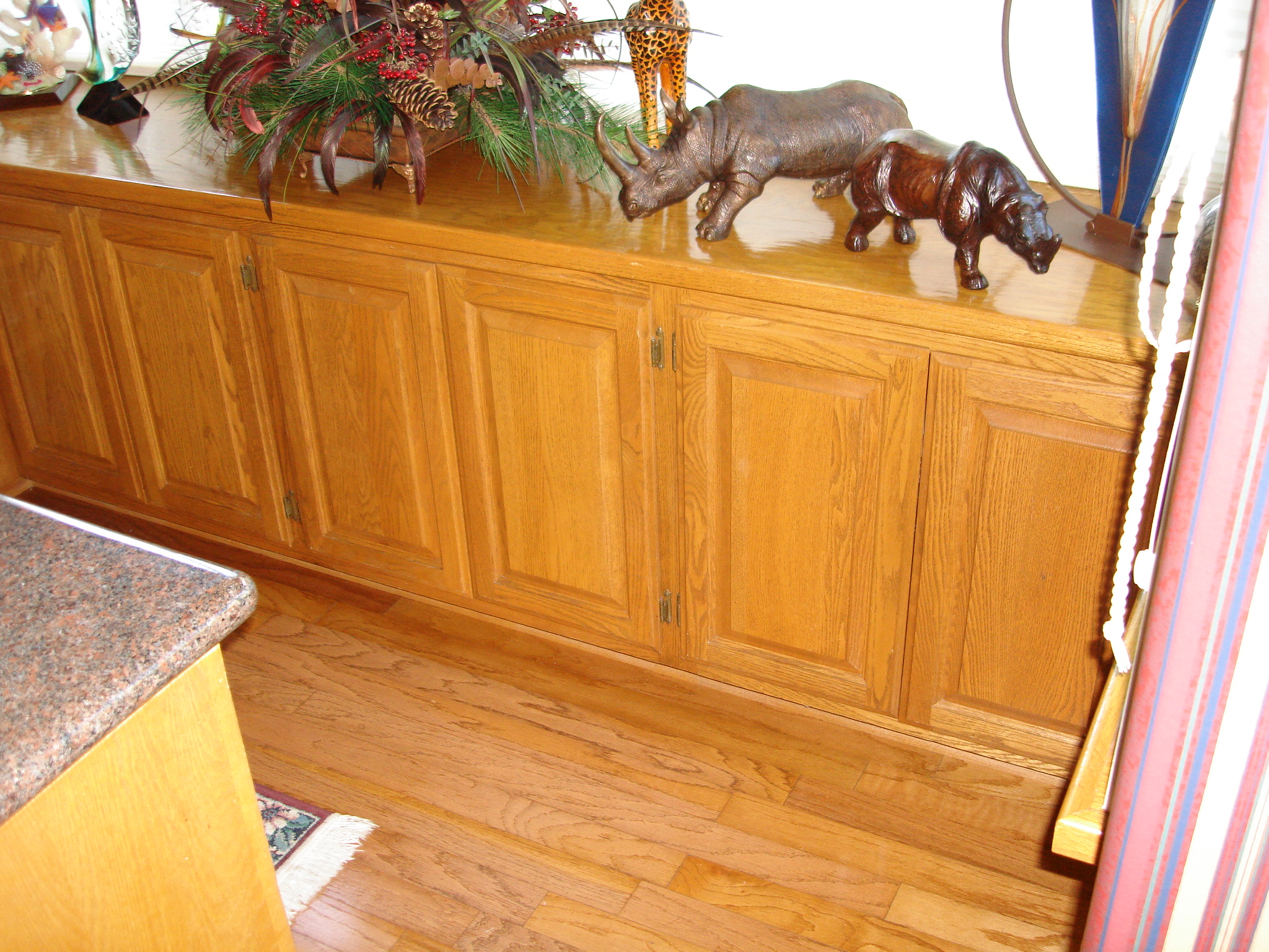 Oak__Cabinets_before.jpg