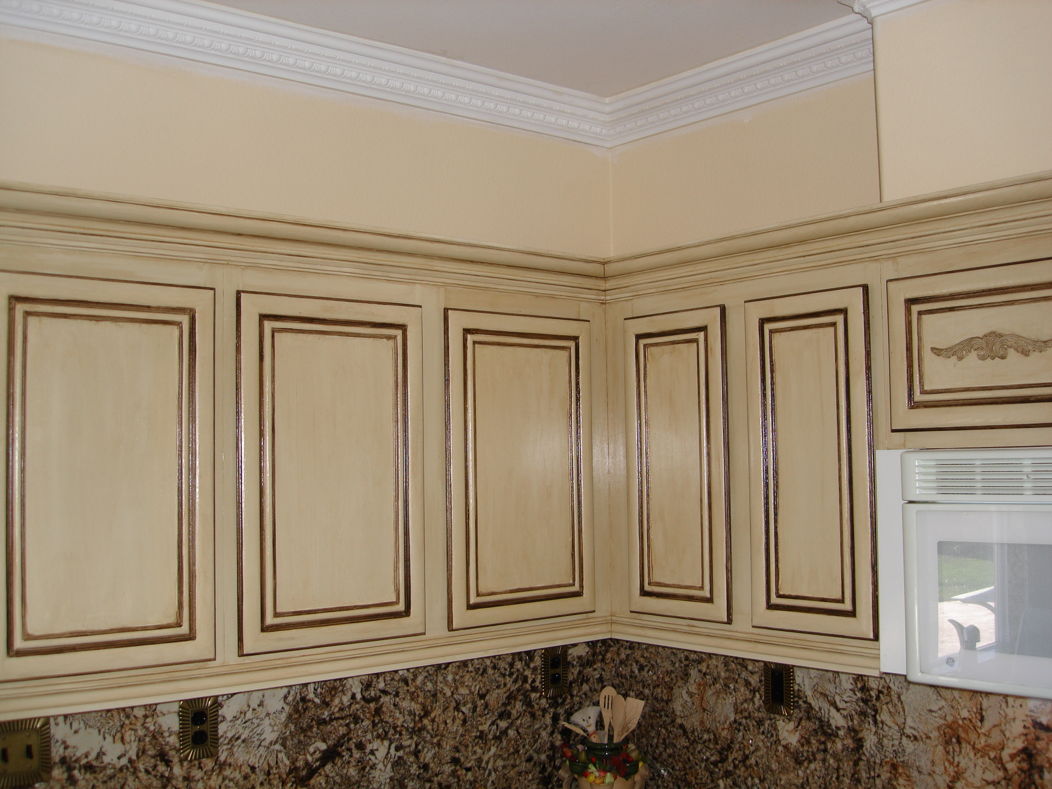 Teastained_kitchen_cabinets2.jpg