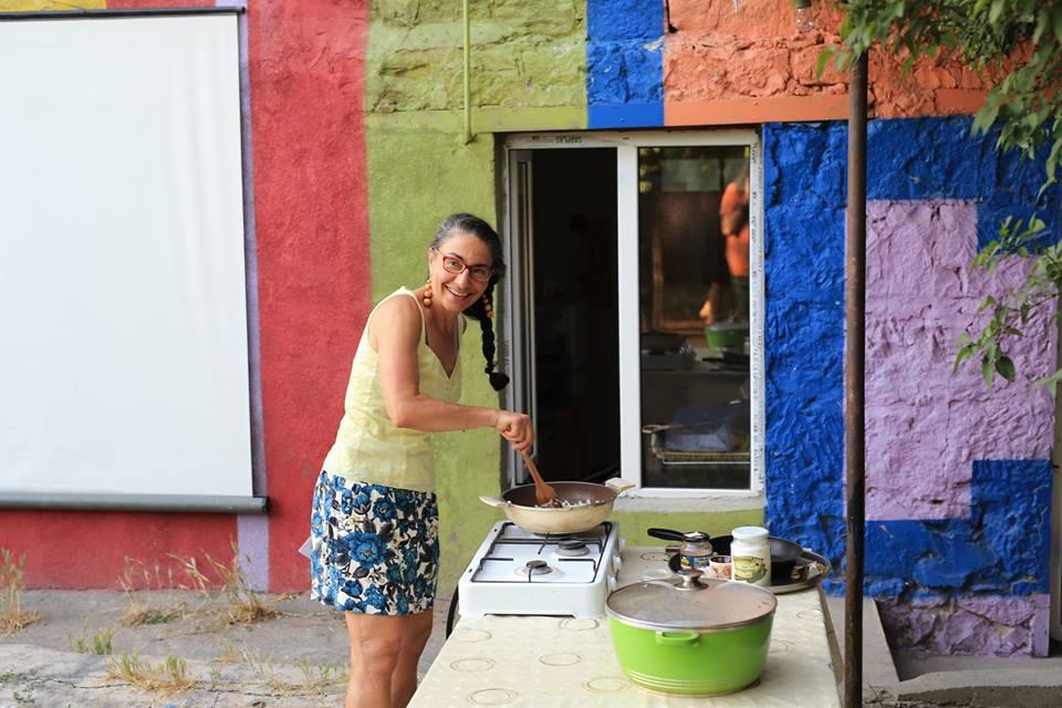 ICA Yerevan mee cooking outside.jpg