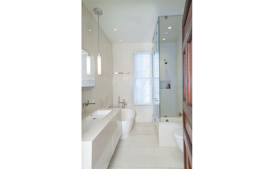 Marron_Master-Bath1.jpg