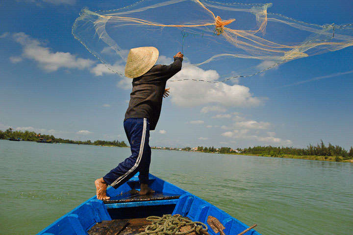 1110312980-Maynard-Switzer-m_switzer_fisherman_vietnam.jpg