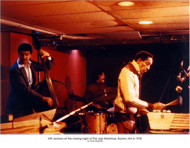 Paul's Mall/Workshop Closes; Fifteen Years of Jazz End - Harvard Crimson - 4/10/1978