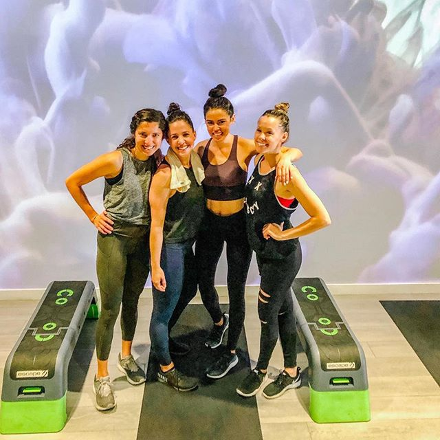 It's more than a workout. It's about rowing together as a crew and crushing your workout with people that cheer you on. 💪 We love this HH community and seeing the transformation that happens when you #RowForIt. 🚣‍♀️