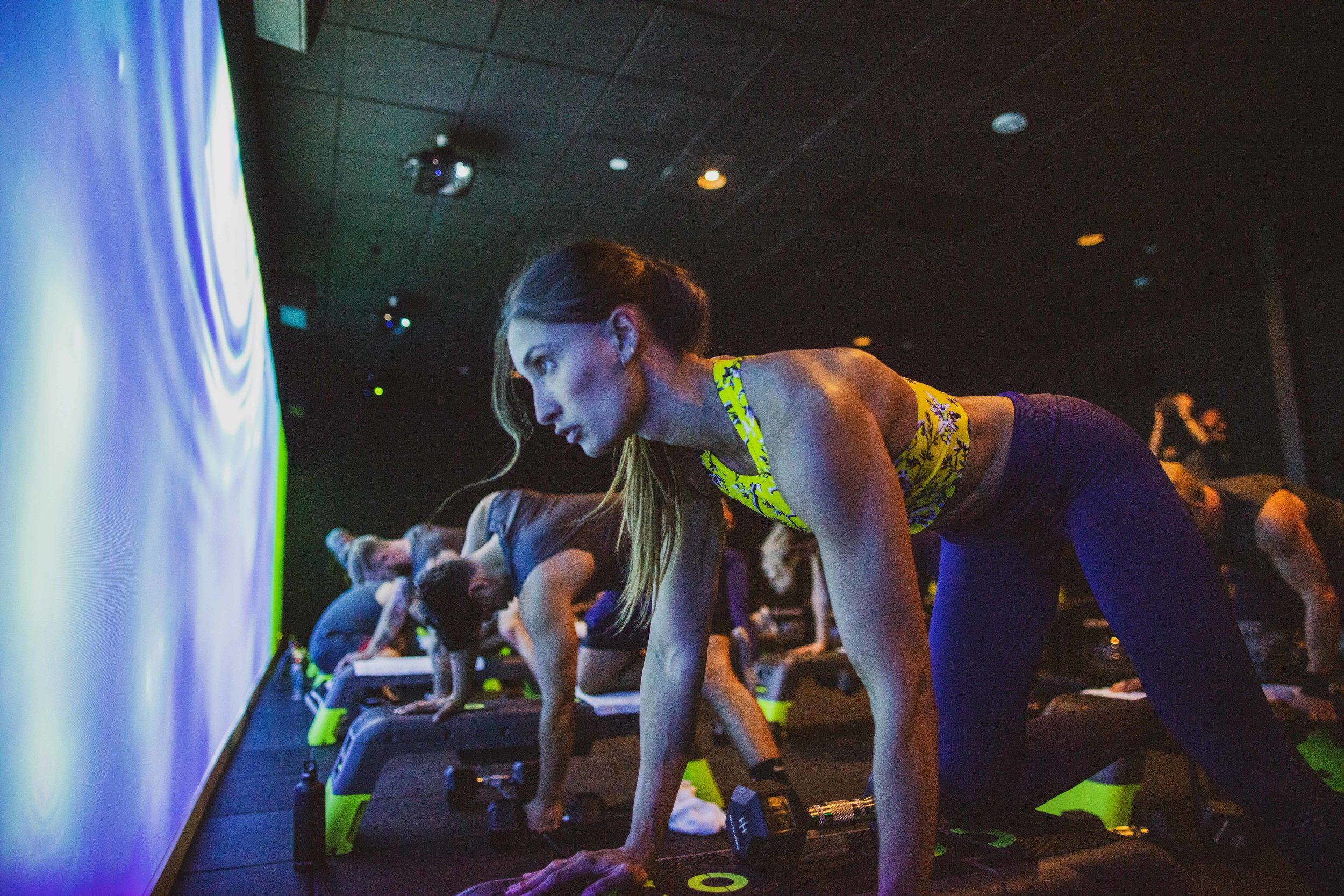 full body results - burn 2-3x more calorieswith 45-minute classes,all designed to crush.
