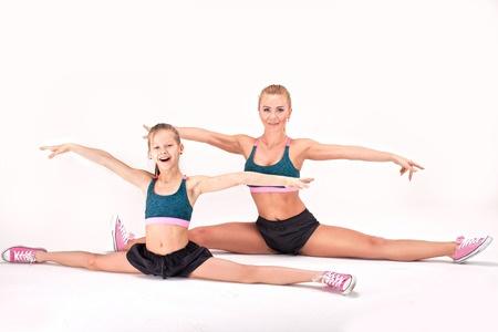 55196045_S_Mother_Daughter_Gymnastics_Female_Girl_Converse_.jpg