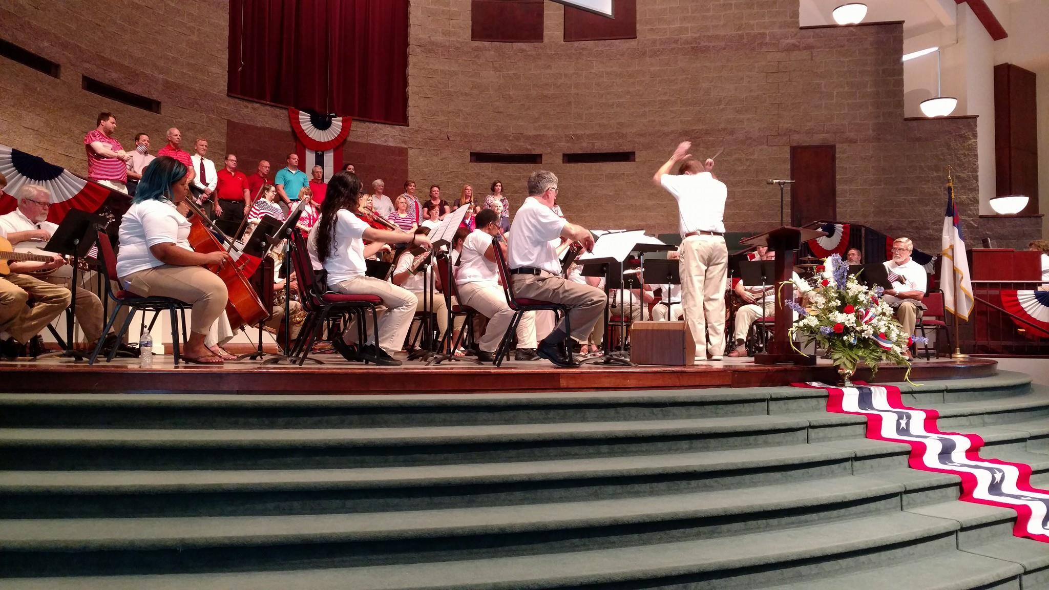 choir 4th of july 2017.jpg