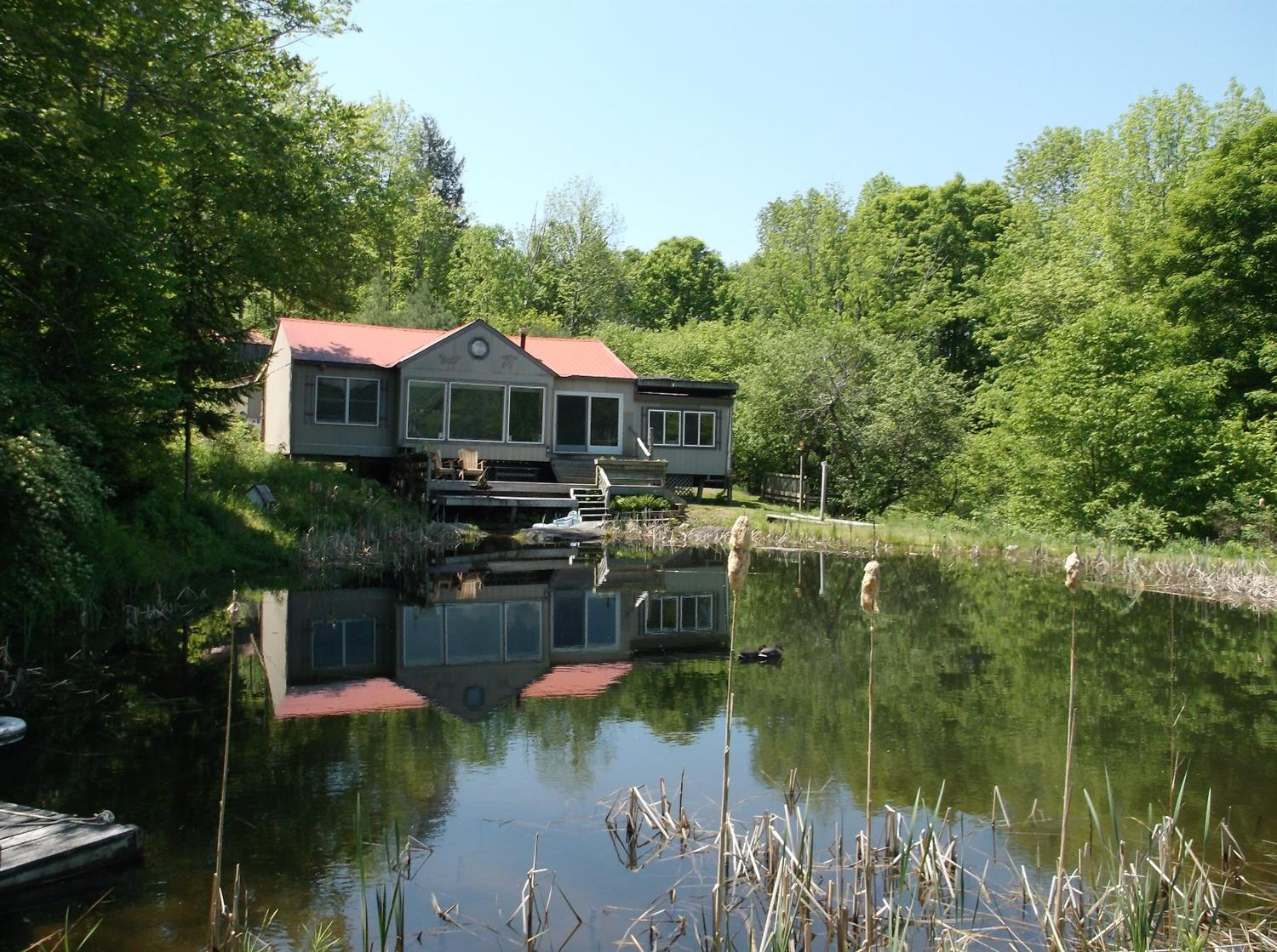 149,900 - Beautiful Cabin!3 Bedrooms, 1 Bath6.22 Acres With Pond