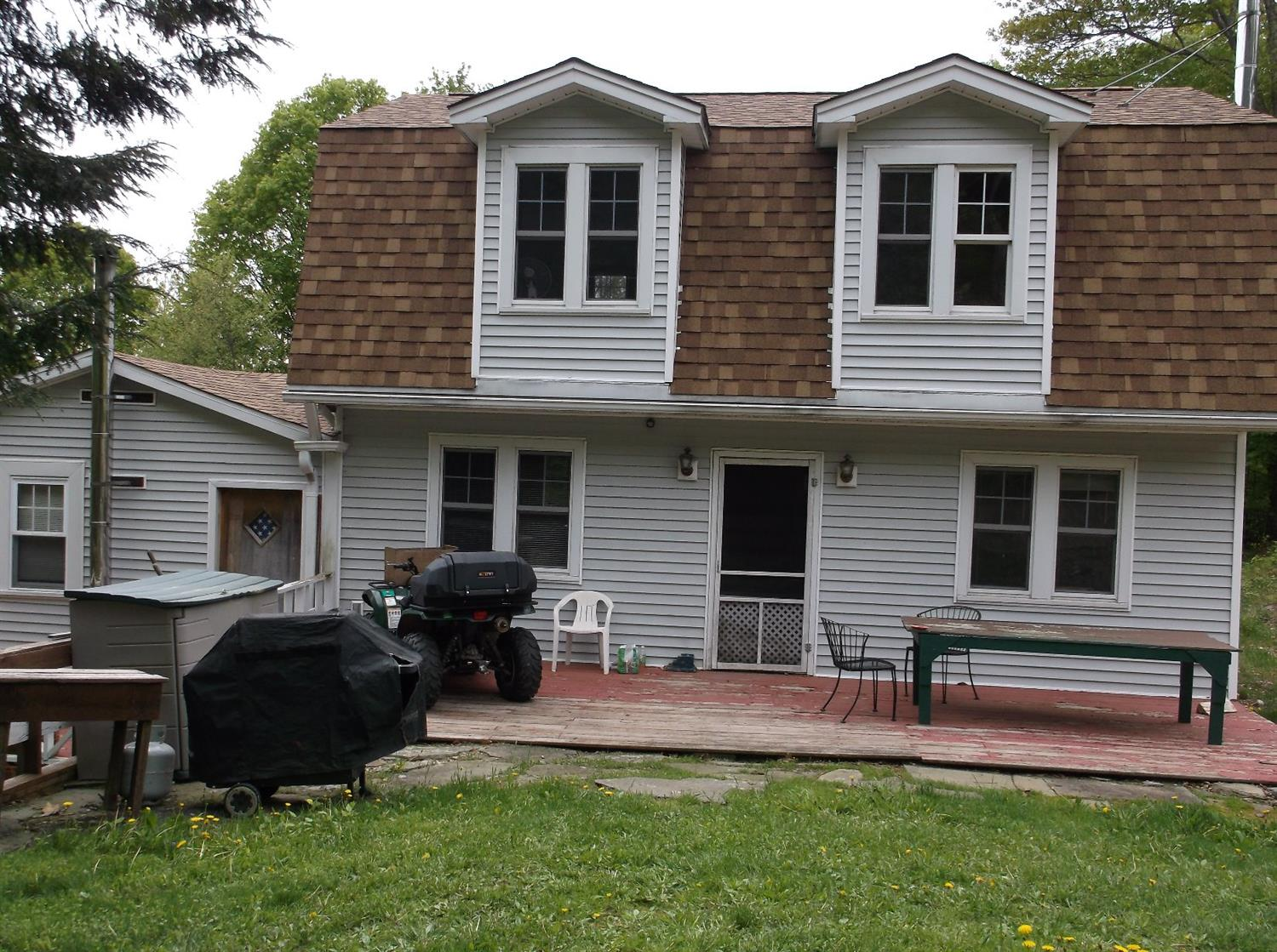190,000 - (Was $224,900)3 Bedrooms, 2 Baths10.25 AcresMountain-Top ViewsAdjacent to NYS Land
